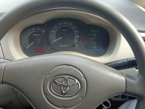 2010 Toyota Innova G Diesel MT for sale in New Delhi