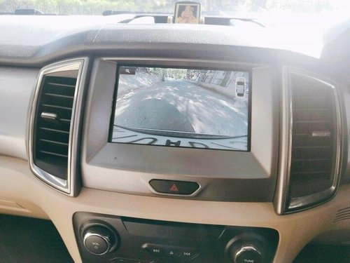 Used 2016 Ford Endeavour 3.2 Trend 4X4 AT for sale in New Delhi