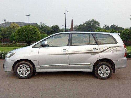 Used 2014 Toyota Innova MT for sale in New Delhi