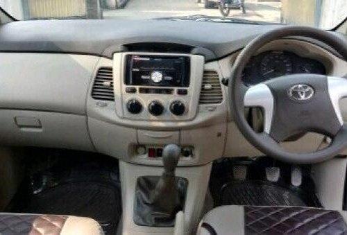 2013 Toyota Innova MT for sale in New Delhi