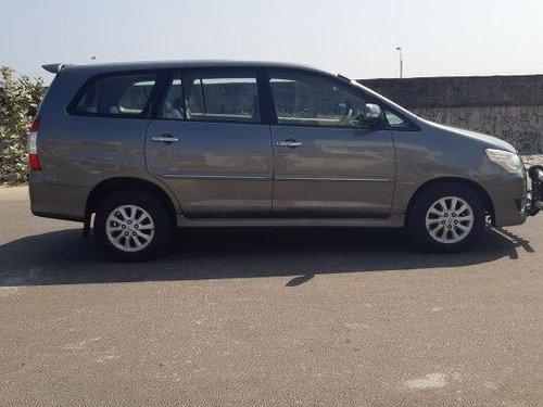 Toyota Innova 2.5 V Diesel 8-seater 2013 MT in Chennai
