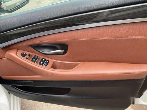 Used 2011 BMW 5 Series 520d Luxury Line AT for sale in Chandigarh