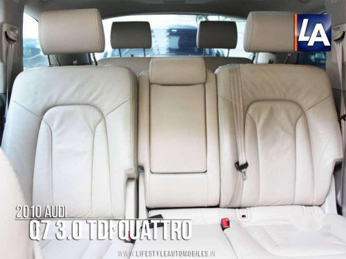 Used Audi Q7 2010 AT for sale in Kolkata