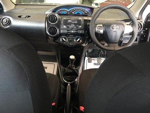 Toyota Etios Cross 1.4L VD 2014 MT for sale in Ahmedabad