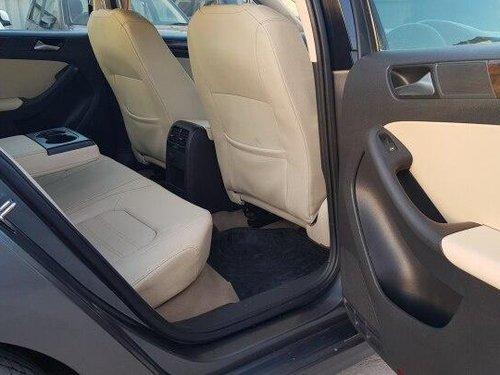 2012 Volkswagen Jetta 2013-2015 2.0L TDI Highline AT for sale in Pune