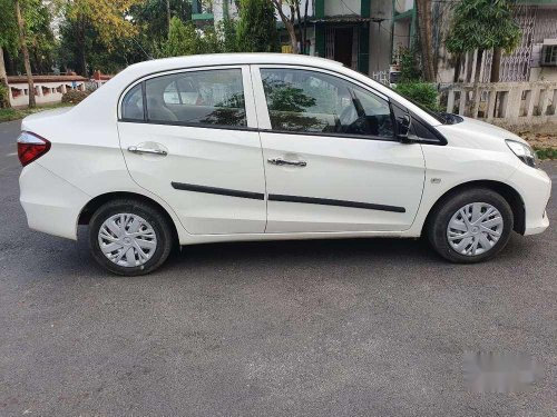Used 2016 Honda Amaze MT for sale in Kolkata