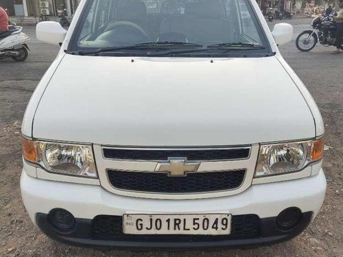 2015 Chevrolet Tavera MT for sale in Surat