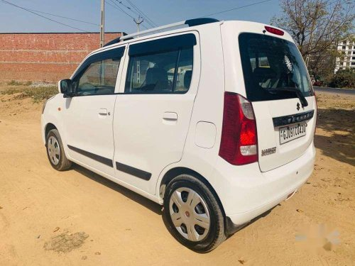 Maruti Suzuki Wagon R VXI 2016 AT for sale in Ahmedabad