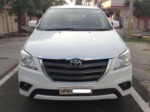 Toyota Innova 2.5 G BS III 8 STR, 2014, Diesel MT in Mathura