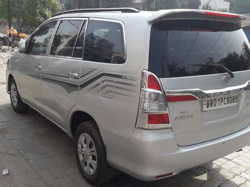 Toyota Innova 2.5 G 8 STR BS-IV, 2011, Diesel MT in Patna
