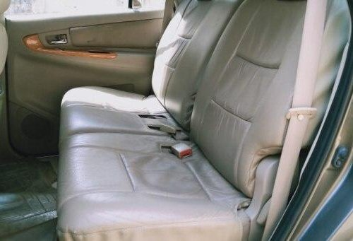 2011 Toyota Innova 2004-2011 MT for sale in New Delhi
