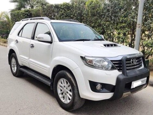 Toyota Fortuner 4x2 4 Speed 2014 AT for sale in New Delhi