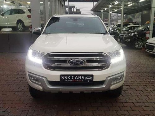 Ford Endeavour 3.2 Titanium Automatic 4x4, 2016, Diesel AT in Lucknow-6