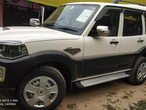 Used 2016 Mahindra Scorpio 1.99 S4 MT for sale in Patna