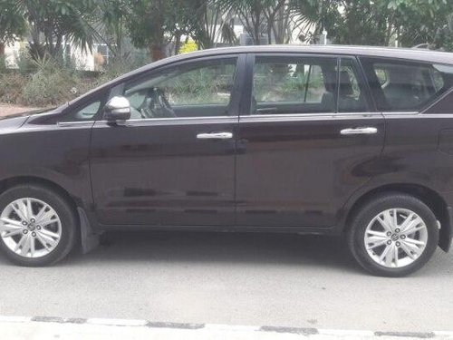 Used 2016 Toyota Innova Crysta MT for sale in New Delhi