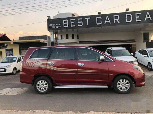 Used 2011 Toyota Innova MT for sale in Chandrapur