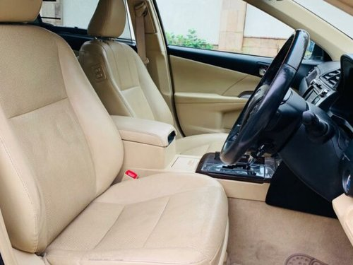 Secondhand 2016 Toyota Camry for sale in New Delhi -7
