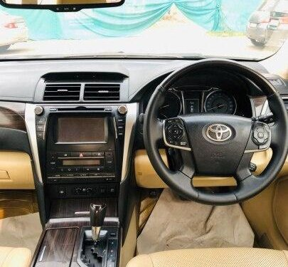 Used Toyota Camry 2015 AT for sale in New Delhi