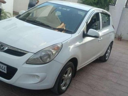 Used Hyundai i20 Sportz 1.4 CRDi 2011 MT for sale in Lucknow-9