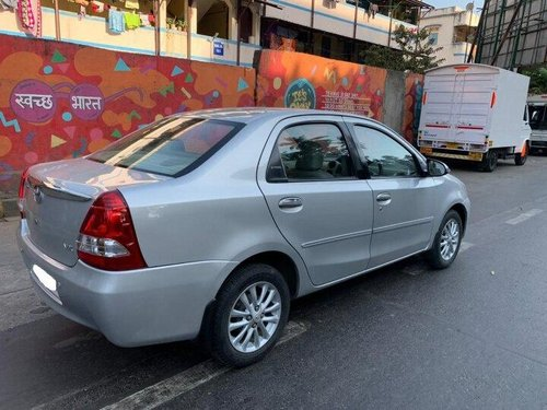 Toyota Platinum Etios VX 2011 MT for sale in Mumbai