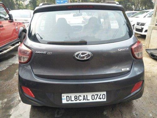 Hyundai Grand i10 Sportz 2015 MT for sale in New Delhi