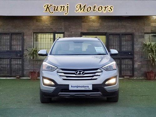 Used Hyundai Santa Fe 4WD AT 2014