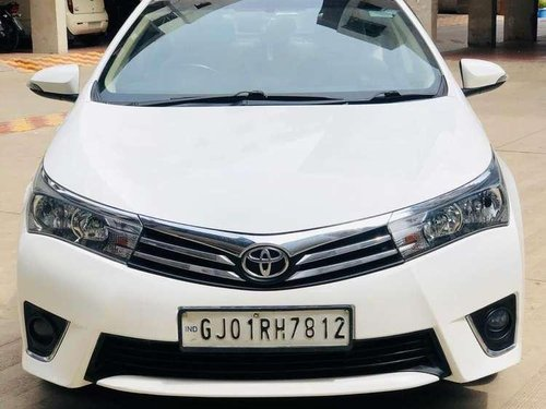 2014 Toyota Corolla Altis 1.8 G MT for sale in Surat -12