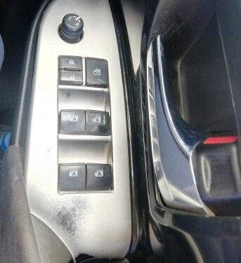 Used Toyota Innova Crysta 2016 MT for sale in Aurangabad