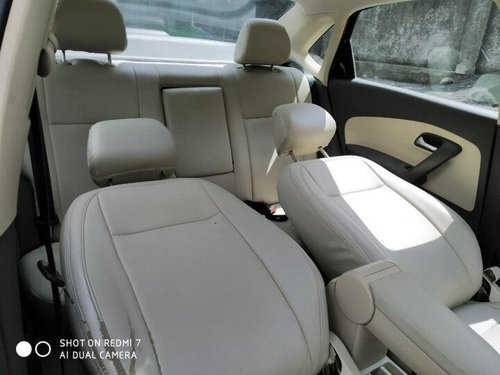Used 2012 Vento Petrol Highline AT  for sale in Thane