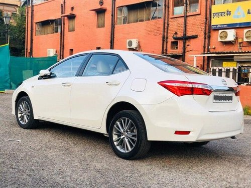 Used Toyota Corolla Altis 2016 AT for sale in New Delhi