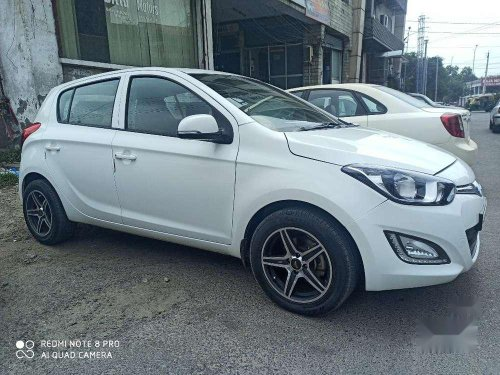 Used 2014 Hyundai i20 MT for sale in Ludhiana -4