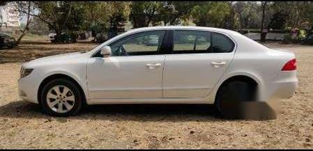 Skoda Superb 2013 MT for sale in Kolhapur