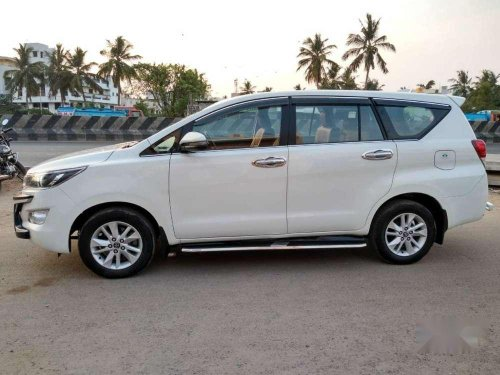 Toyota Innova Crysta 2.5 VX BS IV 2017 MT for sale in Chennai-10