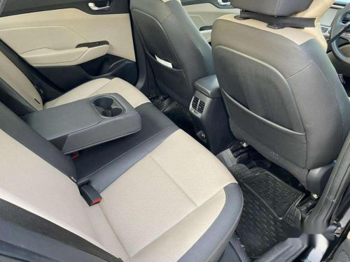 2019 Hyundai Verna 1.6 CRDi SX MT for sale in Ahmedabad-7