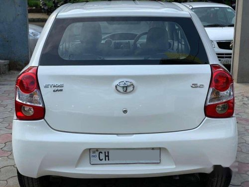 Used 2013 Toyota Etios Liva GD MT for sale in Chandigarh