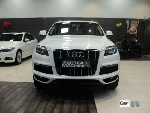 Audi Q7 2015 AT for sale in Lucknow-5