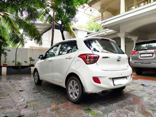 Hyundai Grand I10 Magna Automatic, 2016, Petrol AT in Kochi
