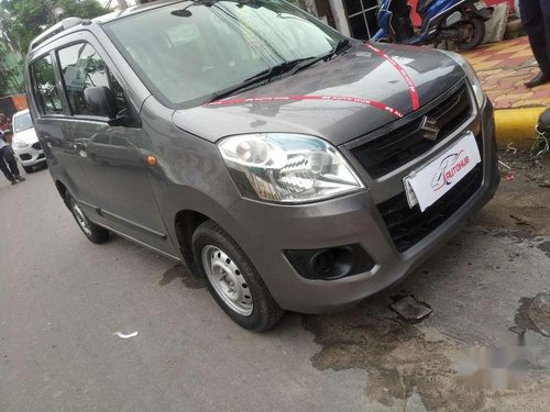 Maruti Suzuki Wagon R LXI 2014 MT for sale in Kolkata-9