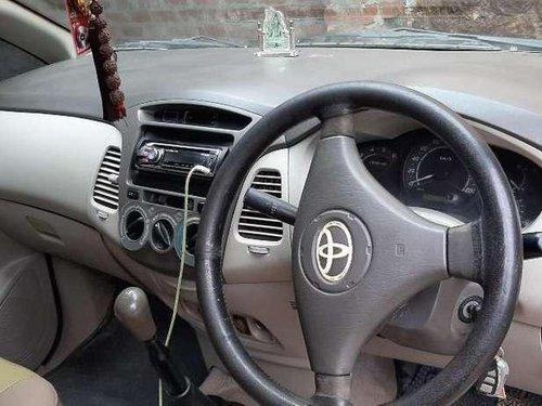 Toyota Innova 2.5 G BS IV 8 STR, 2010, Diesel MT in Dhanbad