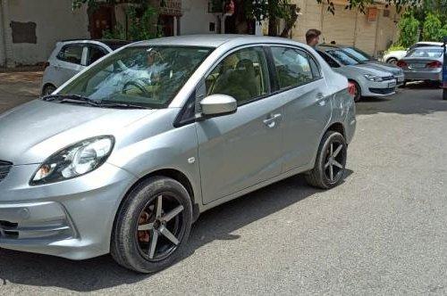 Used 2013 Honda Amaze MT for sale in New Delhi