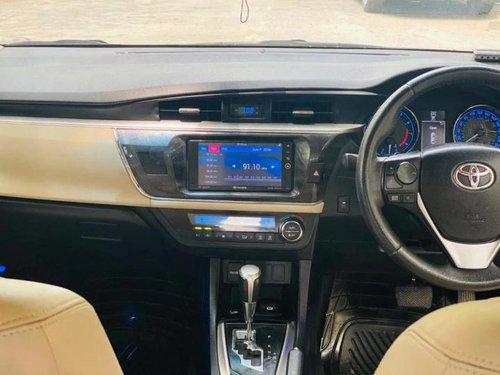 Used Toyota Corolla Altis VL 2016 AT for sale in New Delhi