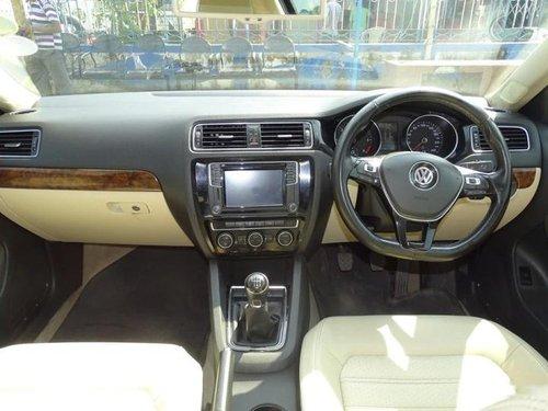 Volkswagen Jetta 2015 MT for sale in Kolkata