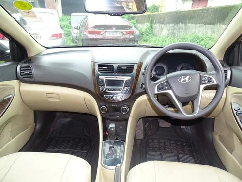 Hyundai Verna 1.6 SX VTVT 2015 AT for sale in Kolkata -4
