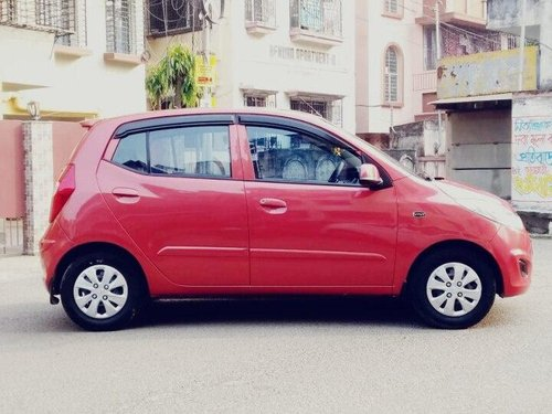 Hyundai i10 Sportz 1.2 2011 MT for sale in Kolkata