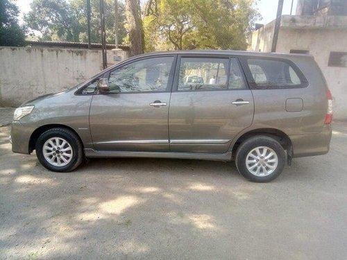 Used Toyota Innova 2014 MT for sale in New Delhi