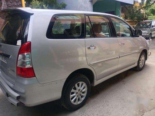 Toyota Innova 2.5 VX 8 STR BS-IV, 2012, Diesel MT in Pondicherry