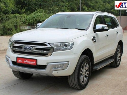Used 2018 Ford Endeavour 3.2 Titanium AT 4X4 for sale in Ahmedabad