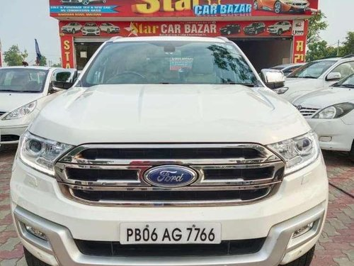 Ford Endeavour 3.2 Titanium Automatic 4x4, 2016, Diesel AT in Nakodar-11