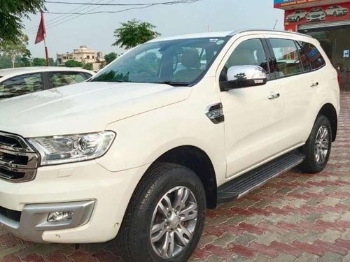 Ford Endeavour 3.2 Titanium Automatic 4x4, 2016, Diesel AT in Nakodar-8