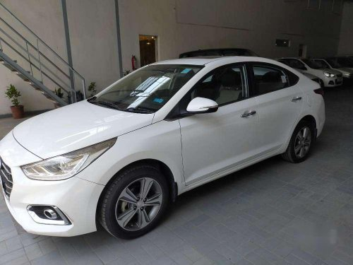 Hyundai Verna Fluidic 1.6 CRDi SX, 2018, Diesel MT in Panchkula